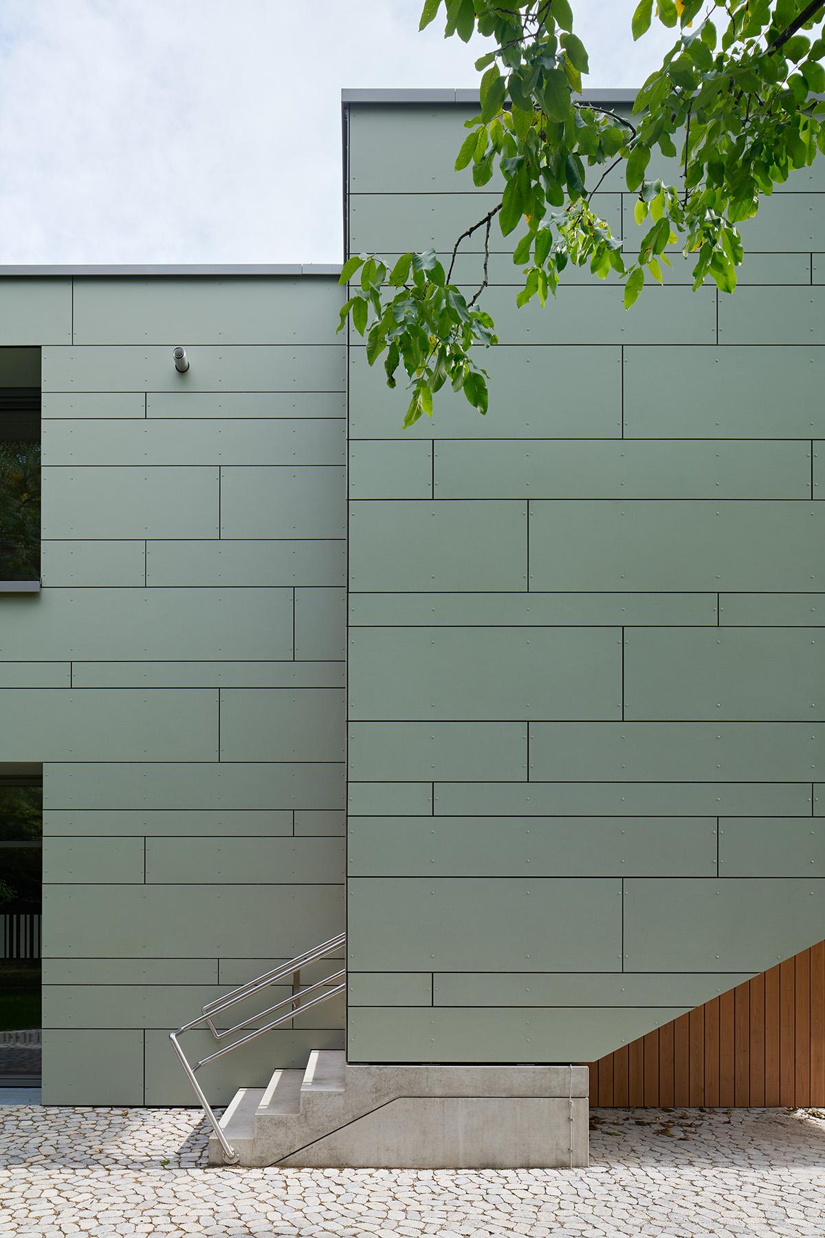 """Neubau Kindertagesstätte """"Villa Regenbogen"""" Oberreut  Architektur: Klinkott Architekten Kaiserstraße 235 76133 Karlsruhe www.klinkott-architekten.de"""