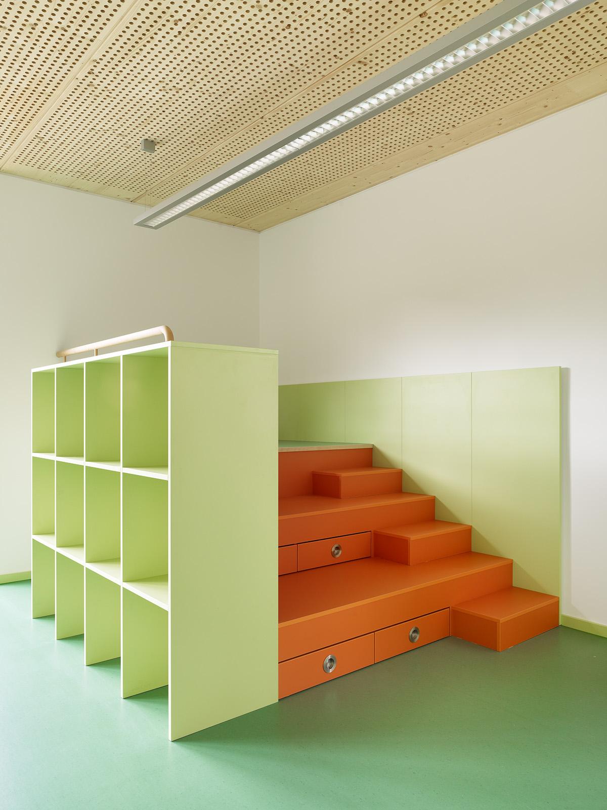 kita siekids villa pusteblume g.-braun-straße 16 76187 karlsruhe  architektur klinkott architekten yorckstraße 43 76185 karlsruhe www.klinkott-architekten.de