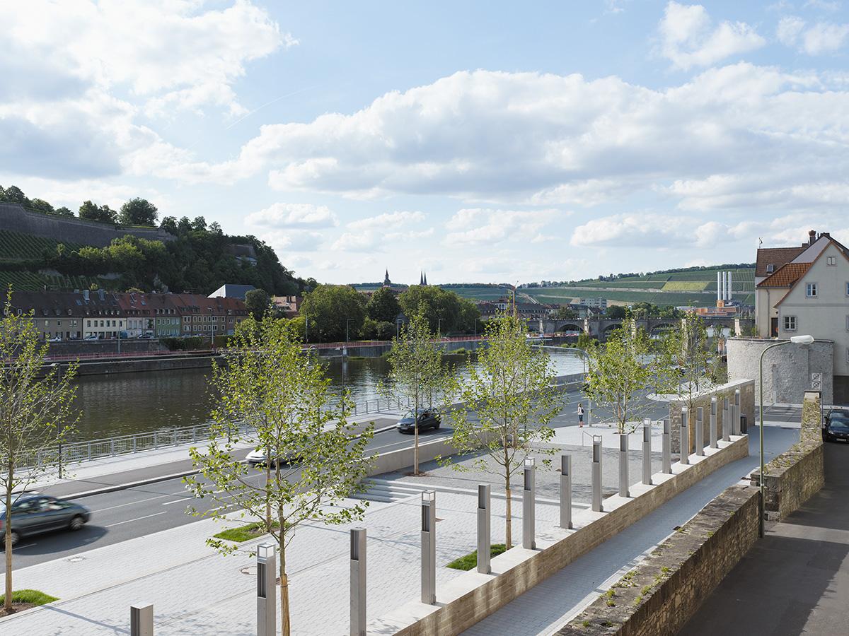 main hochwasserschutz von würzburg bereich: alte mainbrücke bis sanderglacisstraße  architektur klinkott architekten yorckstraße 43 76185 karlsruhe www.klinkott-architekten.de